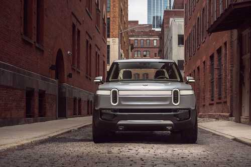 Rivian R1T front view.
