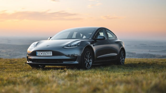 Why are Tesla cars bad? | ProVsCons